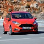 Ford-Fiesta_ST_2013_1024x768_wallpaper_0b