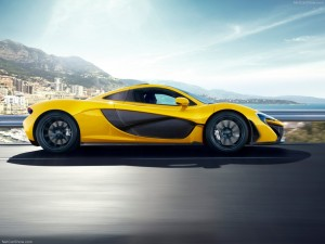 McLaren-P1_2014_1024x768_wallpaper_04