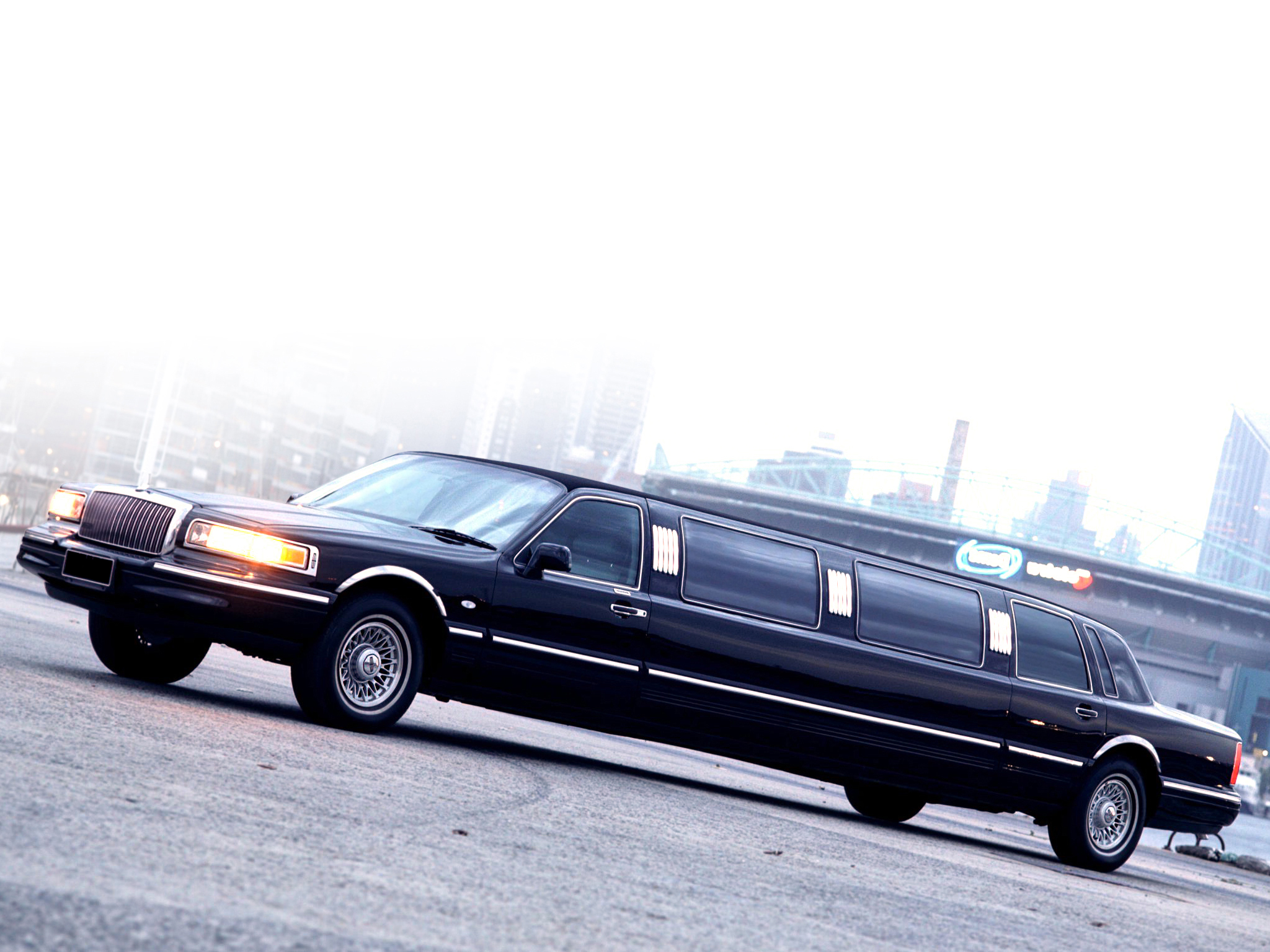 Best limousines in the world biggest limousines best limos limo joe pinterest limo