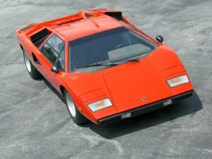 Первый серийный Countach LP400 1974 года