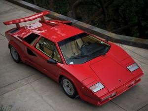 Lamborghini Countach LP5000 QV 1985 года с 455-сильным двигателем