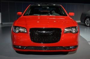 Обновленный Chrysler 300, вид спереди