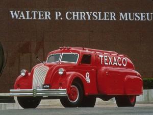 Обтекаемый бензовоз Dodge Airflow Tanker 1939 года