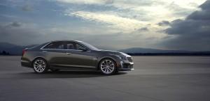 Новый Cadillac CTS-V, вид сбоку