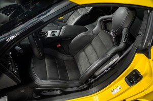 Chevrolet Corvette Stingray Z06 2014, передние сиденья
