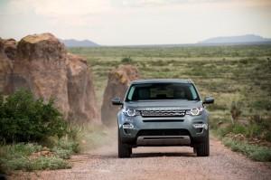Land Rover Discovery Sport 2014, вид спереди