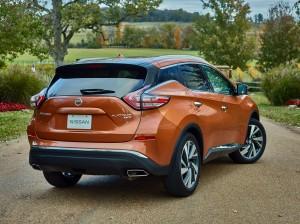 Новый Nissan Murano, вид на заднюю диагональ