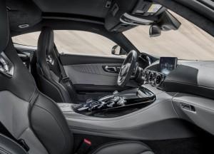 Mercedes-AMG GT 2015, передние сиденья