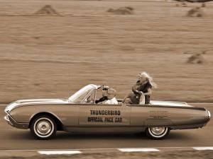 Ford Thunderbird в гонке 500 миль Индианаполиса