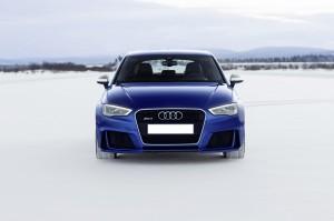 Audi RS3 2015, вид спереди