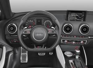 Audi RS3, передняя панель