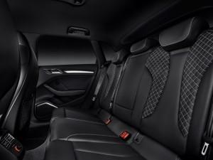 Audi RS3 2015, задние сиденья