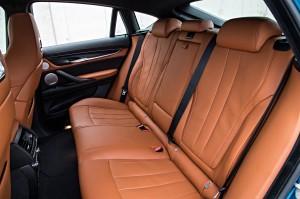 Новый BMW X6 M, задние сиденья