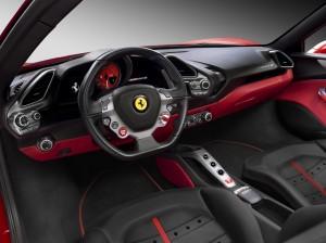 Ferrari 488 GTB, передняя панель