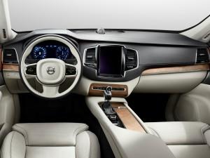 Volvo XC90 2015, передняя панель