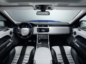 Range Rover Sport SVR, передняя панель