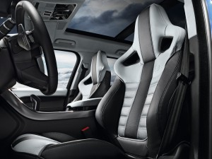 Range Rover Sport SVR, передние сиденья