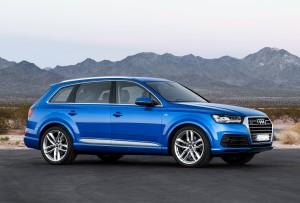 Audi Q7 2015, вид сбоку