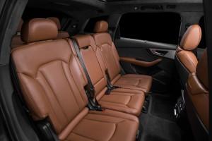 Audi Q7 2015, второй ряд сидений