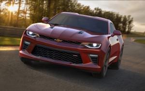 Новый Chevrolet Camaro, вид спереди