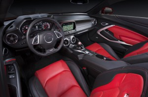 Chevrolet Camaro 2015, передняя панель