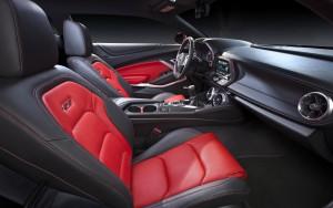 Chevrolet Camaro 2015, передние сиденья
