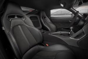 Dodge Viper ACR, сиденья