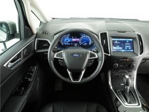 Новый Ford S-Max, передняя панель