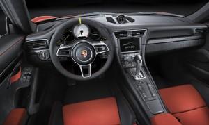 Porsche 911 GT3 RS, передняя панель