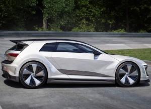 Volkswagen Golf GTE Sport 2015, вид сбоку