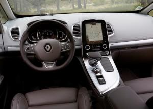Renault Espace 2015, передняя панель
