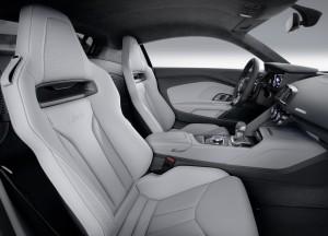 Audi R8, сиденья