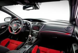 Honda Civic Type R, передняя панель