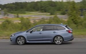 Subaru Levorg 2015, вид сбоку