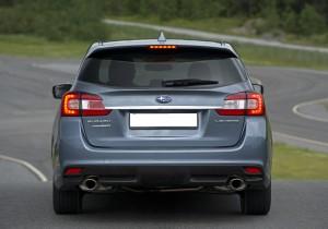 Subaru Levorg 2015, вид сзади