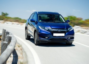Honda HR-V 2015, вид спереди