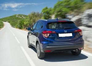 Honda HR-V 2015, вид сзади