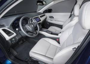 Honda HR-V 2015, передние сиденья