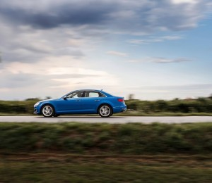 Audi A4 B9, вид сбоку