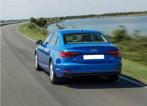 Audi A4, вид сзади