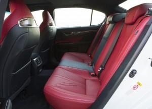 Lexus GS F, задние сиденья