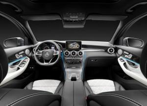 Mercedes-Benz GLC, передняя панель