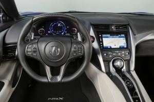 Acura NSX 2015, передняя панель