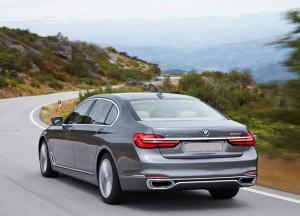 Новый BMW 7 Series, вид сзади