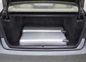 BMW 7 Series 2015, багажник