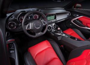 Новый Chevrolet Camaro, передняя панель