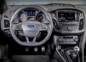 Новый Ford Focus RS, передняя панель