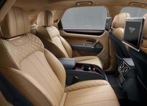 Bentley Bentayga, задние сиденья
