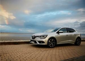Новый Renault Megane, вид на переднюю диагональ