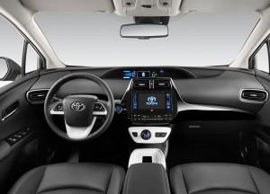 Toyota Prius 2016, передняя панель